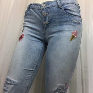 NWT Skinny jean Girlfriend  Patches Distress Kohls